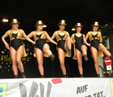 Dancing Fire mit chapeau claque